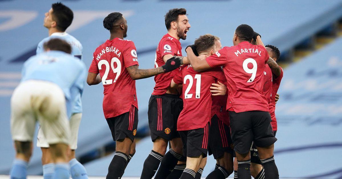 Pep Guardiola vớt vát: 'Man City không đáng bị thua MU'