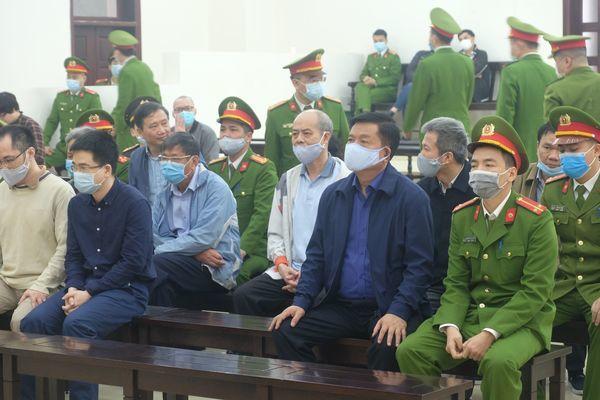 Ông Đinh La Thăng xin nhận hết trách nhiệm thay cho nữ bị cáo