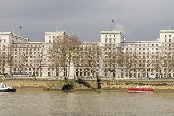 Bề dày đáng nể của Cơ quan Tình báo Quốc phòng Anh