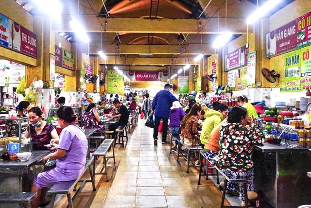 Lạc vào thiên đường ẩm thực cả trăm món 'vừa ngon, vừa rẻ' ở Đà Nẵng