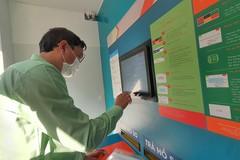 TP.HCM có ATM nhận và trả hồ sơ tự động đầu tiên