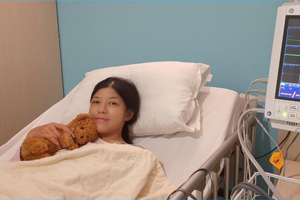 'Nữ hoàng trợ diễn' Hồng Trang ổn định sau phẫu thuật mổ tim