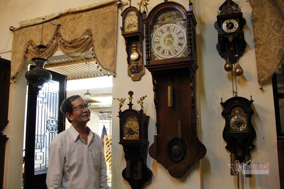 Ngôi nhà đầy ắp đồng hồ cổ của người đàn ông xứ Huế