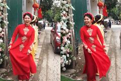 Cô gái Hà Nội vừa nhảy vừa nói: 'Bố mẹ ơi con lấy được chồng rồi'