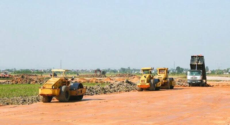 Nỗi lo thiếu vật liệu trên các dự án cao tốc Bắc - Nam