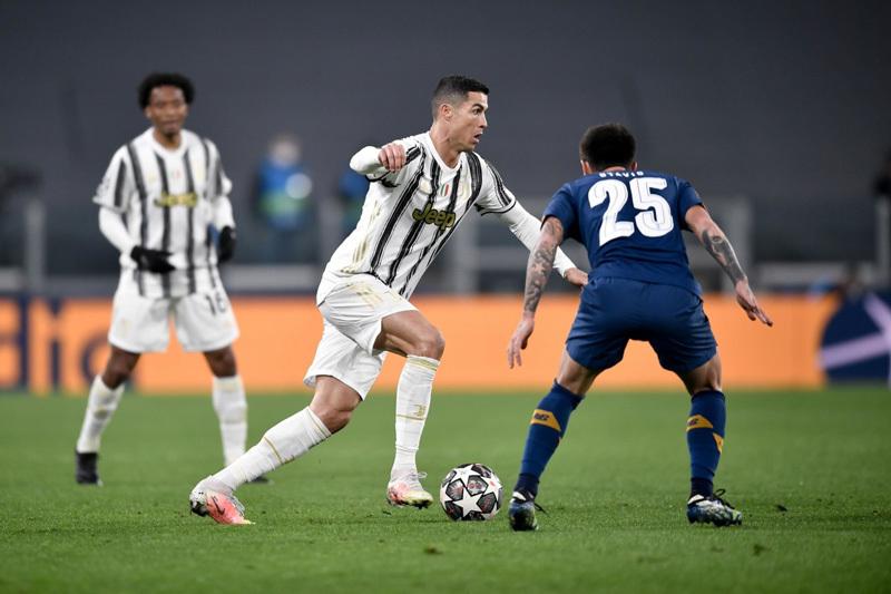 Porto hất cẳng Juventus khỏi cup C1 sau màn rượt đuổi nghẹt thở