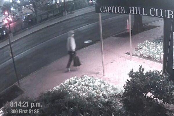 Mỹ công bố video nghi phạm đặt bom ở trụ sở đảng Cộng hòa và Dân chủ