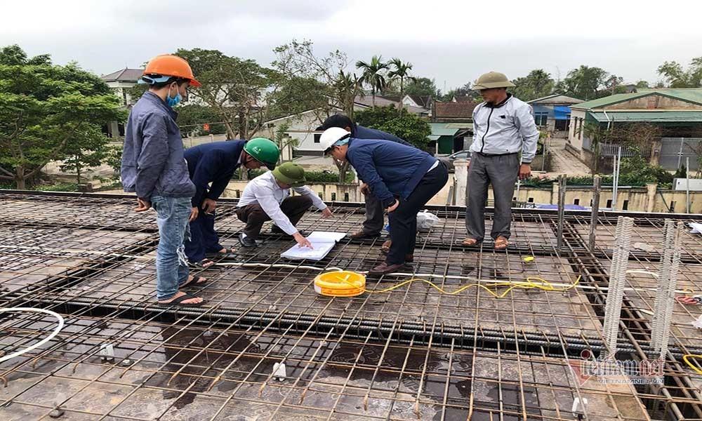 Ca sỹ Thuỷ Tiên tài trợ Hà Tĩnh 20 tỉ xây nhà tránh lũ: Nhiều thông tin thất thiệt
