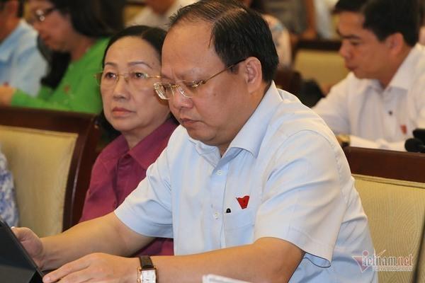 Xác định lại thiệt hại vụ ông Tất Thành Cang bán rẻ cổ phiếu cho Nguyễn Kim