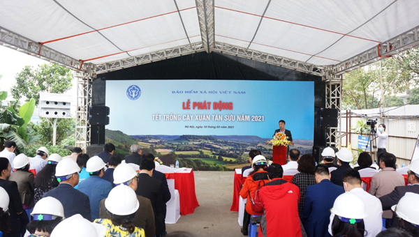BHXH Việt Nam phát động Tết trồng cây Xuân Tân Sửu 2021