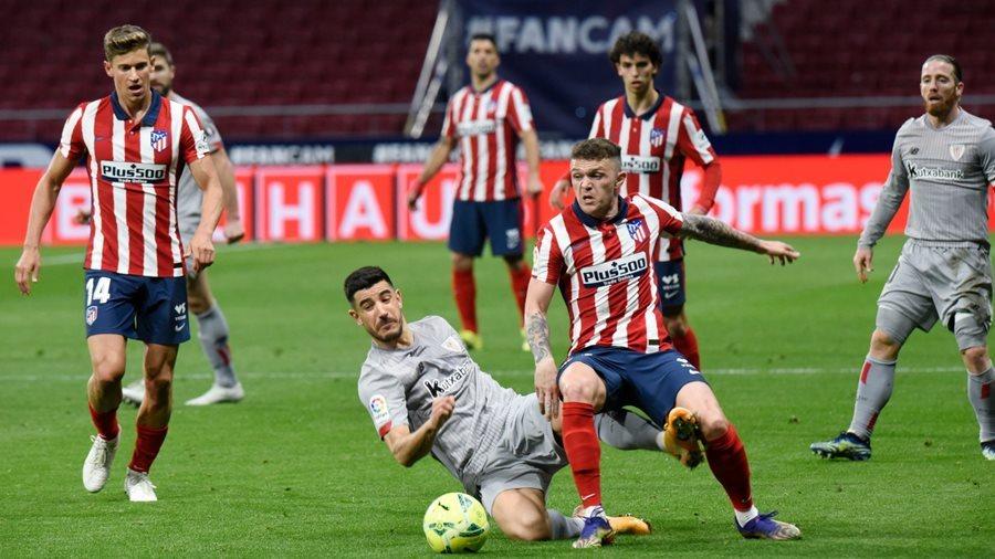 Suarez tỏa sáng, Atletico đào sâu khoảng cách với Barca và Real