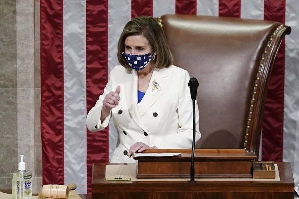 Quốc hội Mỹ thông qua gói cứu trợ Covid-19 khổng lồ