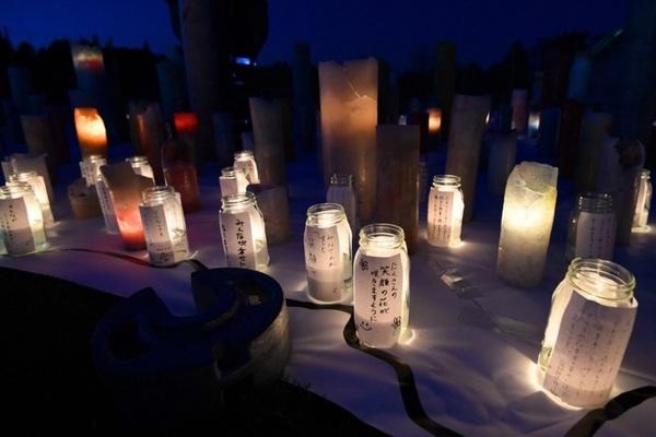 Người Nhật tưởng niệm nạn nhân thảm họa động đất-sóng thần