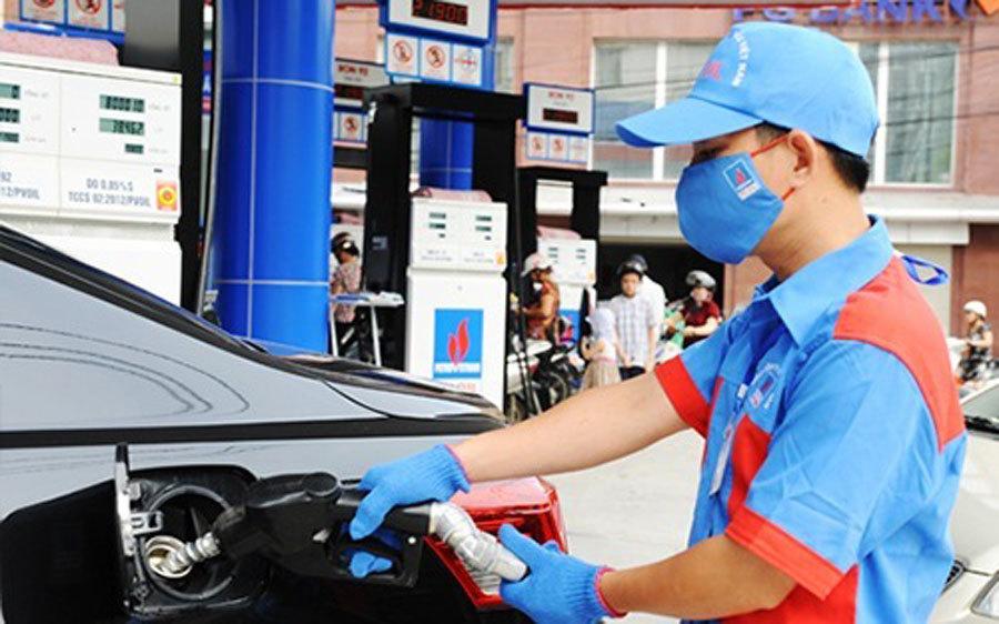 Giá xăng sẽ lại tăng mạnh, lên mức kỷ lục mới