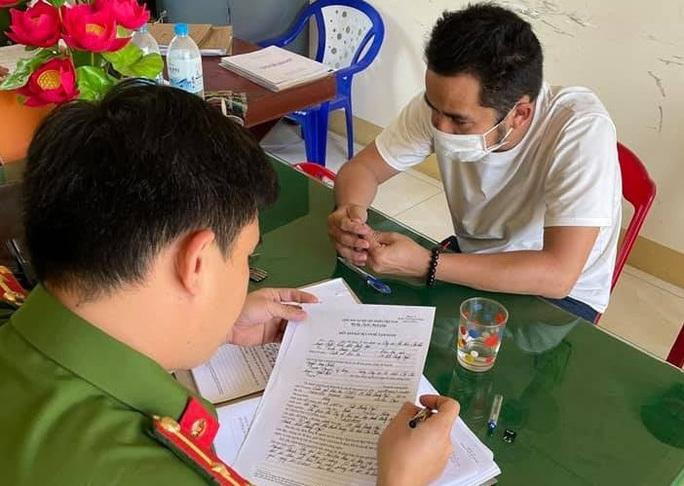 Bắt giam Phó giám đốc ở Quảng Ngãi lập khống hồ sơ đấu giá, chiếm đoạt hơn 23 tỷ