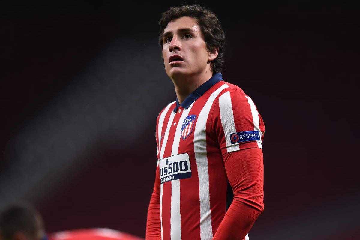 MU lấy Pau Torres, Chelsea mua Gimenez