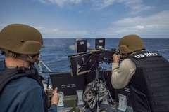 Lầu Năm Góc ra báo cáo về hoạt động quân sự ứng phó Trung Quốc