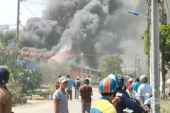 Cháy lớn ở TP Thủ Đức, một căn nhà bị thiêu rụi hết tài sản