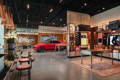 Không gian đẳng cấp của Porsche Studio ở Hà Nội