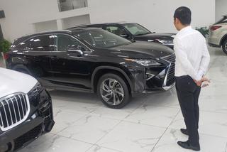 Tiêu thụ ô tô giảm thê thảm khi hết ưu đãi thuế trước bạ