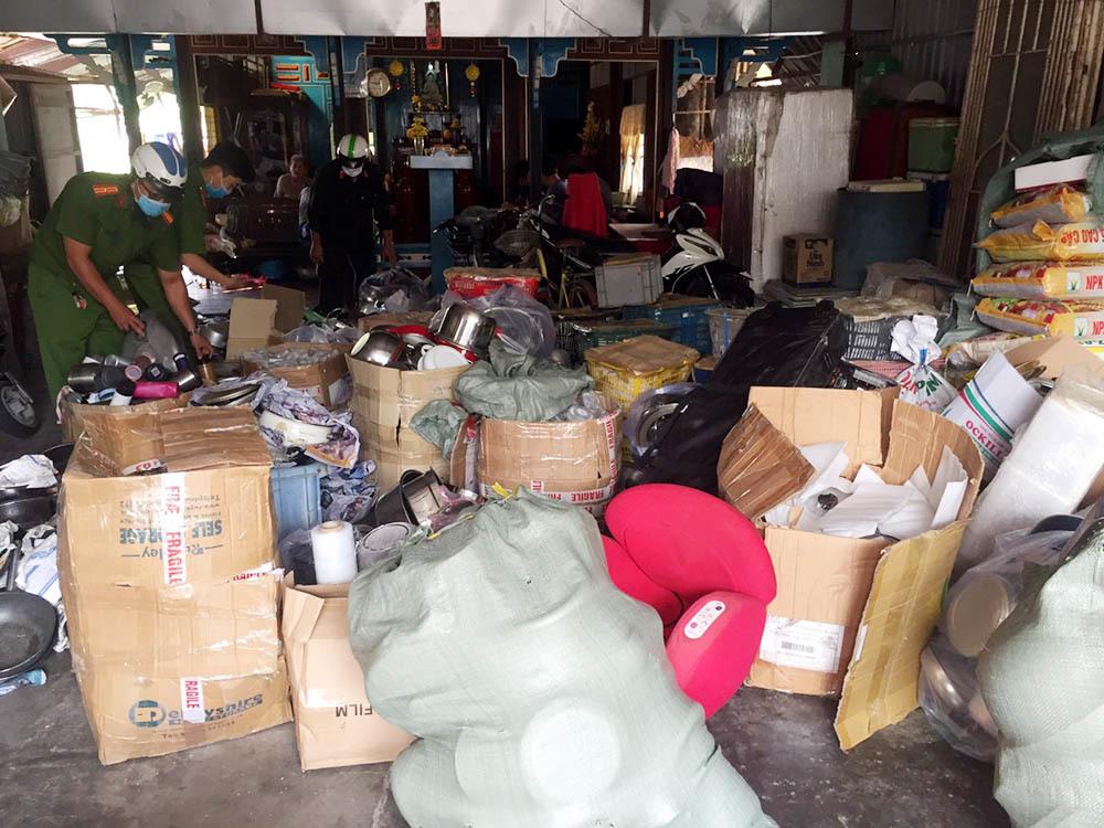 3 căn nhà của gia đình Thượng tá biên phòng chứa hàng nghi nhập lậu