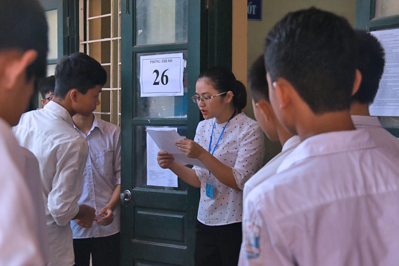 Học sinh Nghệ An thi 3 môn vào lớp 10