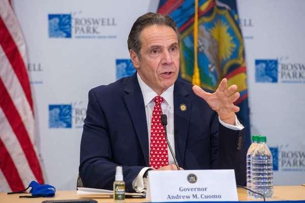 Thống đốc New York bị chính quyền bang điều tra luận tội