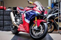 Tốc độ tối đa của các mẫu siêu môtô đang bán tại Việt Nam