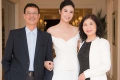 Hoa hậu Ngọc Hân tặng bố mẹ món quà gần 200 triệu