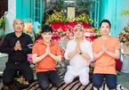 Quang Hà tổ chức giỗ Tổ nghề tại nhà riêng ở TP.HCM