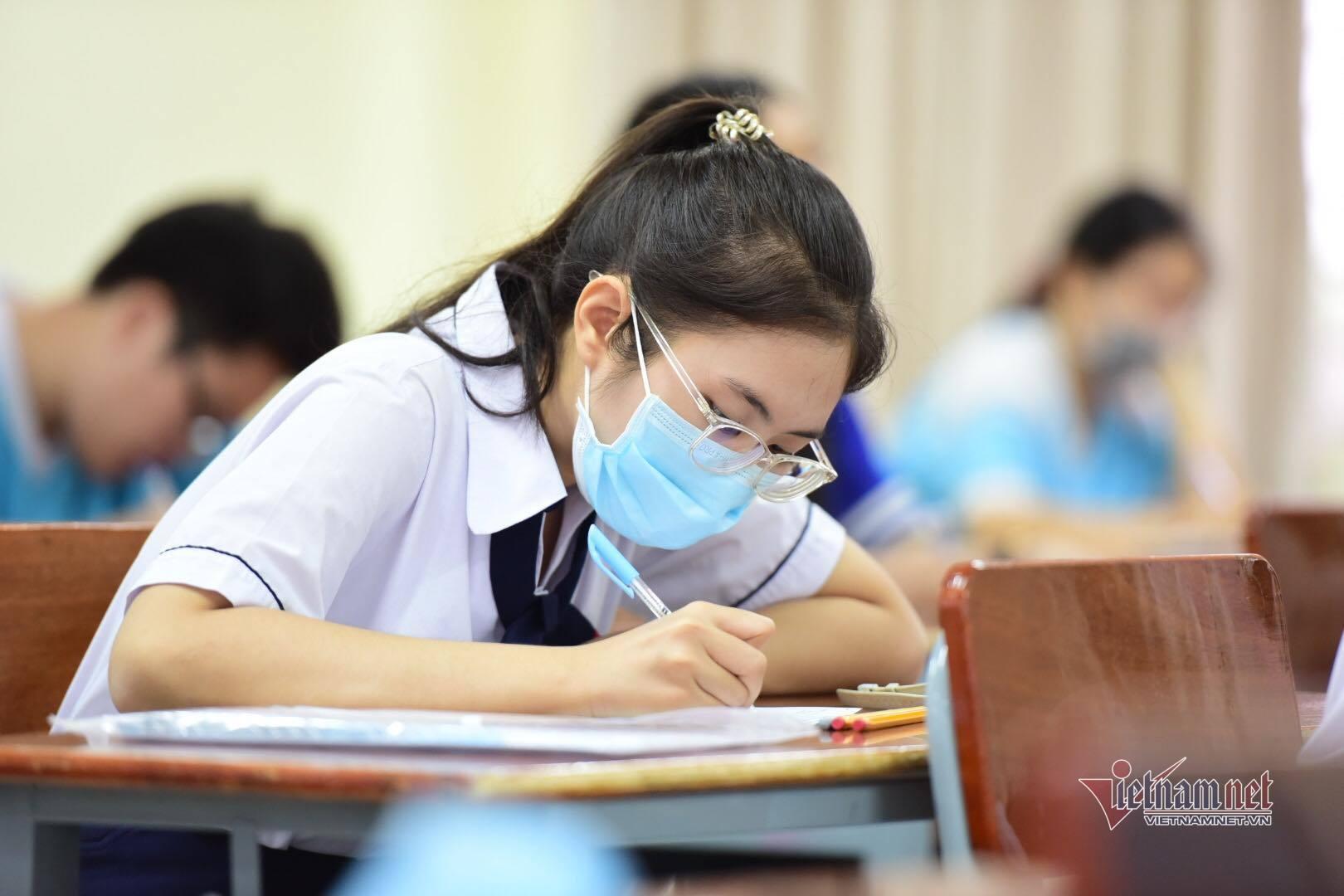 Thi lớp 10 Hà Nội: Phụ huynh lo 'sốt vó' trước dự kiến của Sở GD-ĐT