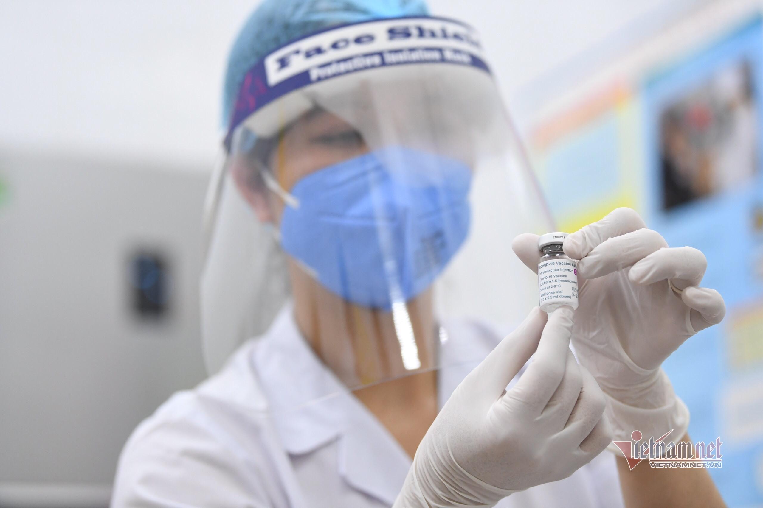 Việt Nam tiếp tục triển khai tiêm vắc xin phòng Covid-19 của AstraZeneca