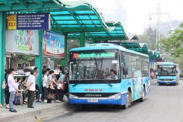Quy định khách đi xe buýt, taxi ở Hà Nội cần lưu ý