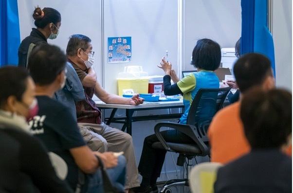 Trung Quốc sản xuất 3 tỷ liều vắc-xin, số ca nhiễm Covid-19 ở Nam Á tăng mạnh