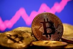 Bitcoin lập đỉnh mới 60.000 USD lần đầu tiên trong lịch sử