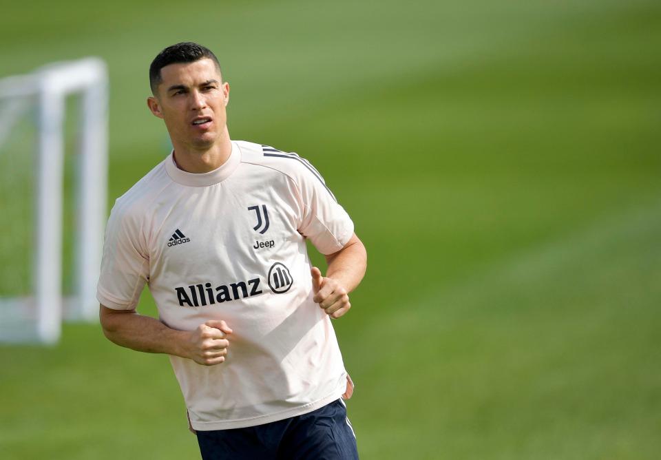 Ronaldo tìm đường trở lại Real Madrid