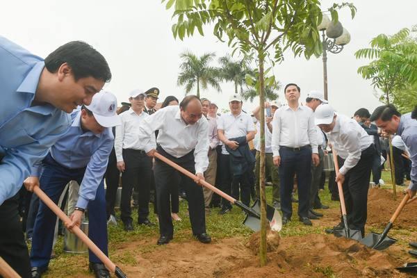 Thủ tướng dự Lễ hưởng ứng chương trình trồng 1 tỷ cây xanh