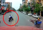 Sang đường như chỗ không người, nữ sinh khiến tài xế container phanh 'run' chân