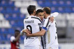 Ronaldo phá siêu kỷ lục của Pele, Juventus thắng rửa mặt