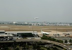 Why does Vietnam not develop airports en masse?