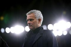 Mourinho: 'Trọng tài đã biếu phạt đền cho Arsenal'