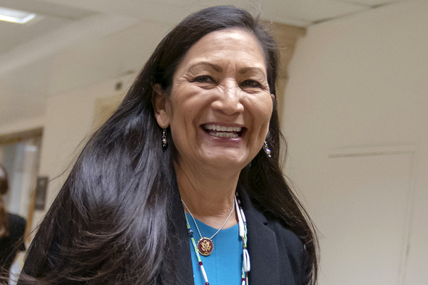 Mỹ có bộ trưởng người bản địa đầu tiên trong lịch sử