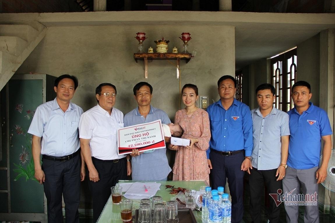 Nhận 244 triệu đồng từ VietNamNet, bé Ngọc Hiền có cơ hội nhìn thấy ánh sáng