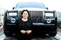 Đại gia Dương Bạch Diệp: 'Bông hồng vàng'10.000 tỷ chơi Rolls-Royce chính hãng đầu tiên Việt Nam