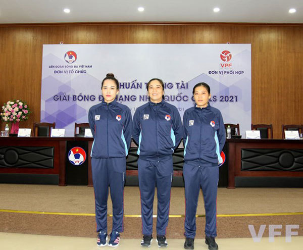 Female referees,v-league,vietnam football