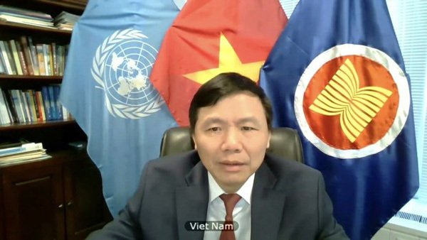 Int'l efforts needed to end Syria crisis: Vietnamese ambassador