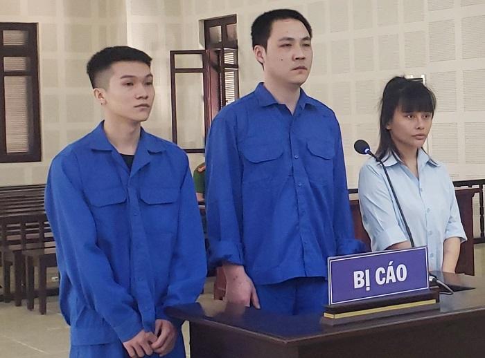 Lập nhóm chat trốn công an, cô gái cho người Trung Quốc ở 'chui' hầu tòa