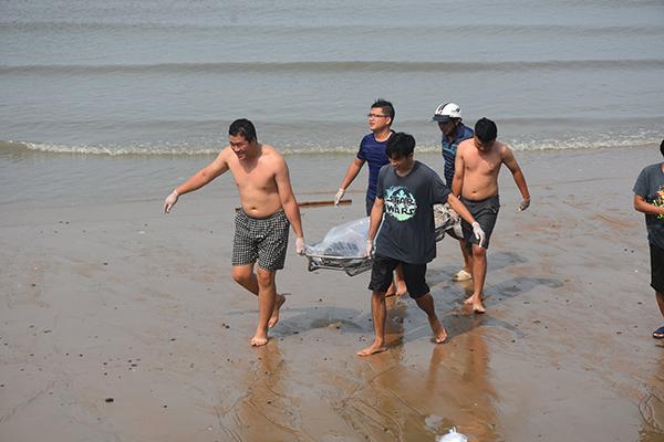 Phát hiện thi thể cô gái trôi dạt trên biển Vũng Tàu