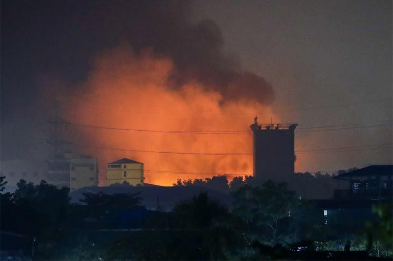 Vì sao người biểu tình Myanmar tấn công các nhà máy Trung Quốc?