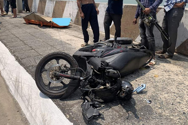 Lao xe máy xuống vực tại 'khúc cua tử thần', người đàn ông tử vong